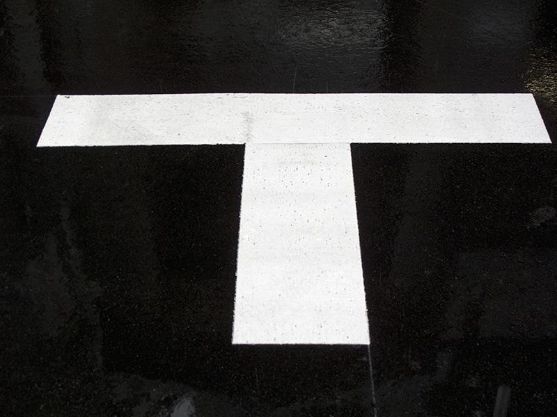 T字路のイメージ画像