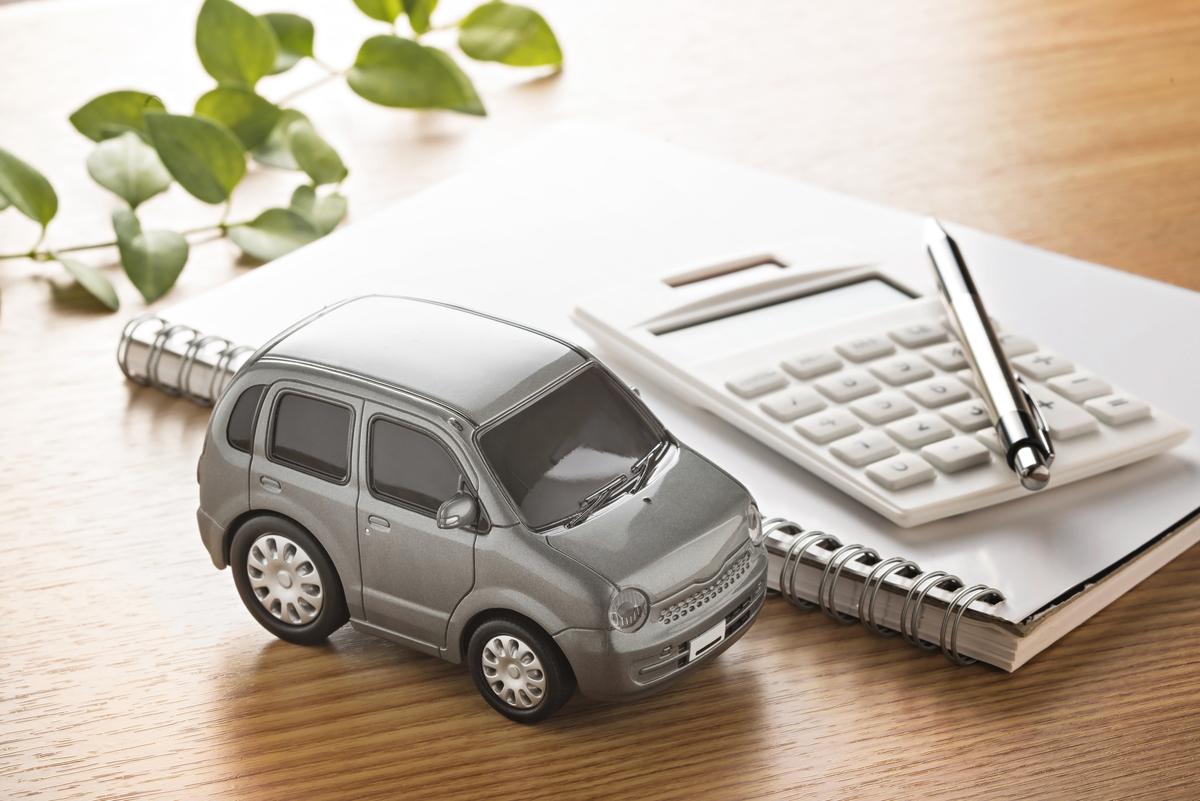 自動車のローンと保険のイメージ画像