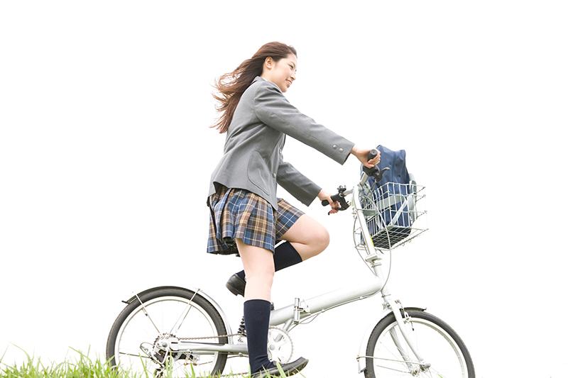 自転車に乗っている被害者のイメージ画像