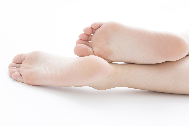 人間の足指のイメージ写真