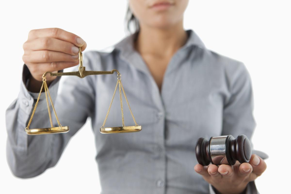 過失割合について公平さを訴える弁護士のイメージ画像